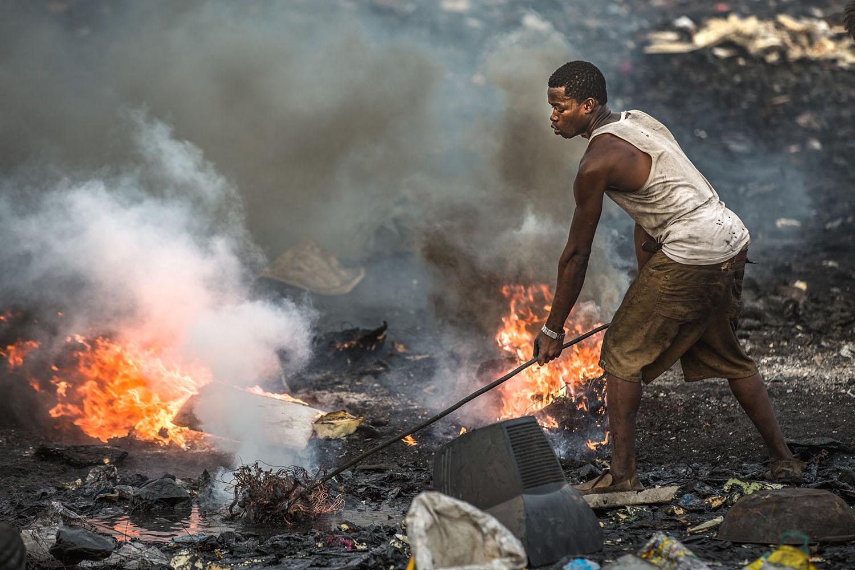 WHO: Elektronik-Müllberge gefährden Kinder und Babys