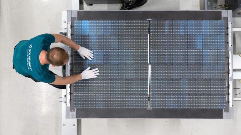 Solarwatt fährt Produktion in Dresden hoch